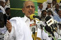 Mauretánský prezident Sidí Uld Šejch Abdalláhí byl při převratu zatčen.