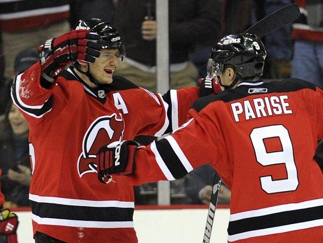 Patrik Eliáš (vlevo) bude i v nadcházejícím ročníku NHL jednou z hlavních českých hvězd.