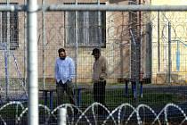 V detenčním zařízení v Drahonicích je nyní 63 migrantů.