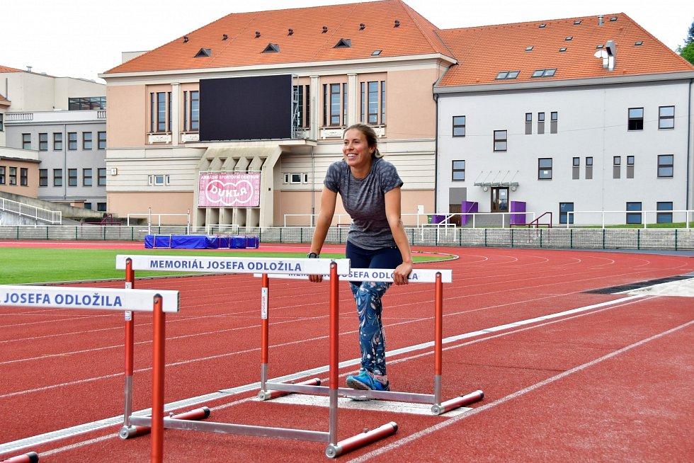 Eva Samková trénuje na Julisce.