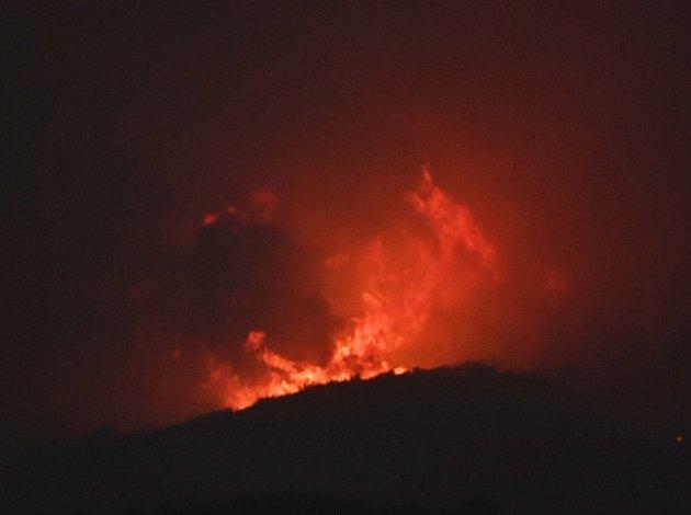 Rozsáhlé požáry v Americe.