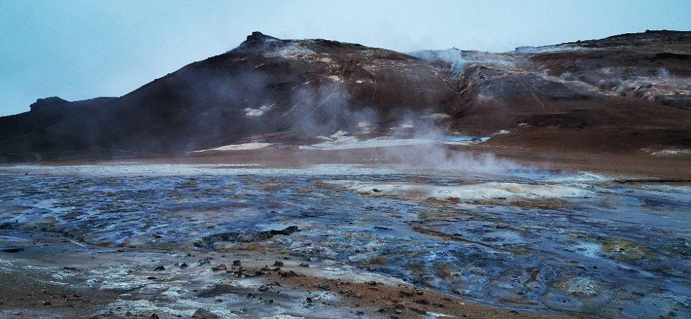 Geotermální činnost