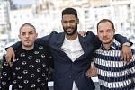 Hoši z periferie. Zleva: Damien Bonnard, Djibril Zonga a Alexis Manenti v Cannes