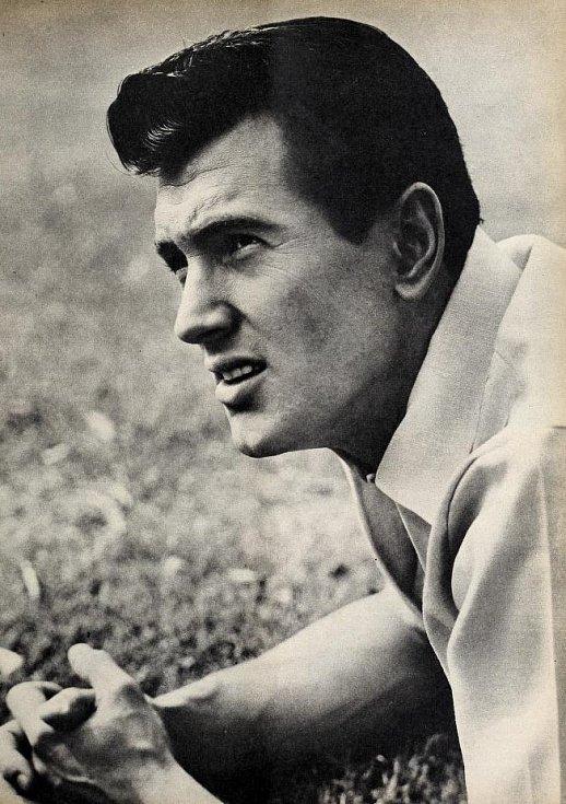 Slavný hollywoodský herec zemřel na komplikace spojené s AIDS v roce 1985.