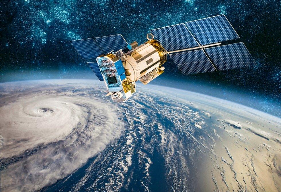 Satelit na oběžné dráze - Ilustrační foto