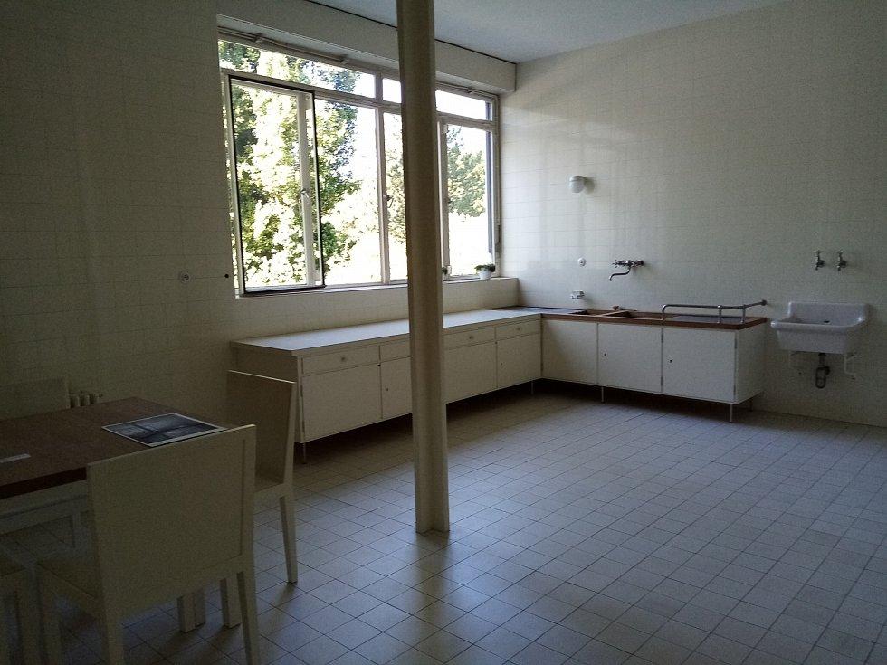Brněnská vila Tugendhat – kuchyně