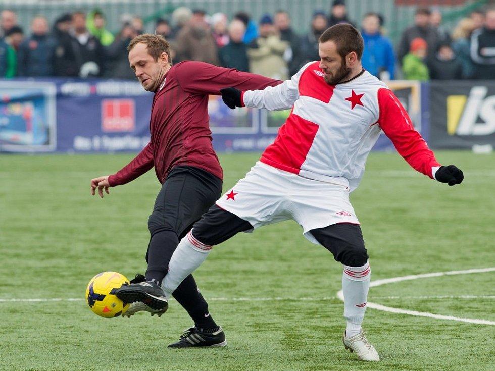 Silvestrovské derby v roce 2013 patřilo Slavii
