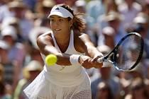 Garbiñe Muguruzaová ve finále Wimbledonu.