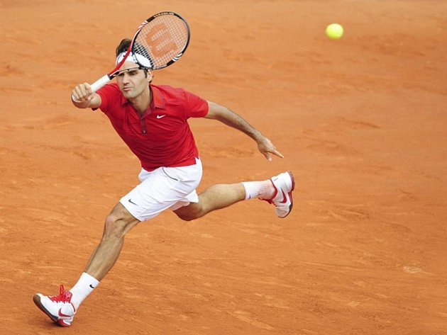 Roger Federer ve finále Roland Garros.