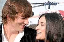Demi Mooreová a Ashton Kutcher.
