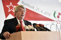 Předseda Vojtěch Filip na sjezdu KSČM.