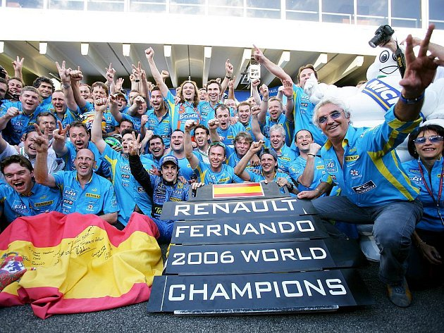 Fernando Alonso vybojoval s Renaultem dva tituly mistra světa.