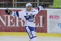 Martin Erat z Komety se raduje z gólu.