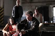 Herecký projekt Polski film, který autoři charakterizují jako snímek o přátelství a absurditě hereckého života mezi realitou a iluzemi, je hotov a zkraje července zamíří do kin.