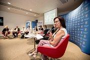 První z debat Hospodářské komory kandidátů v nadcházejících volbách proběhla 6. září v Praze. Na snímku Marta Semelová.
