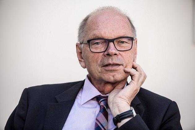 Kandidát na ministra financí Ivan Pilný poskytl 18. května v Praze rozhovor Deníku.