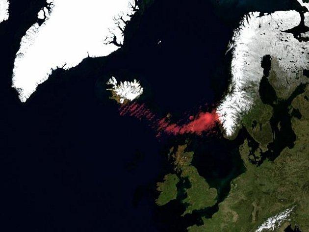 Satelitní snímek vulkanického popela z islandské sopky.