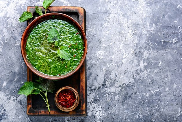 Italové z kopřiv také vaří polévku (minestra di ortica), ale i těstoviny nebo rizoto