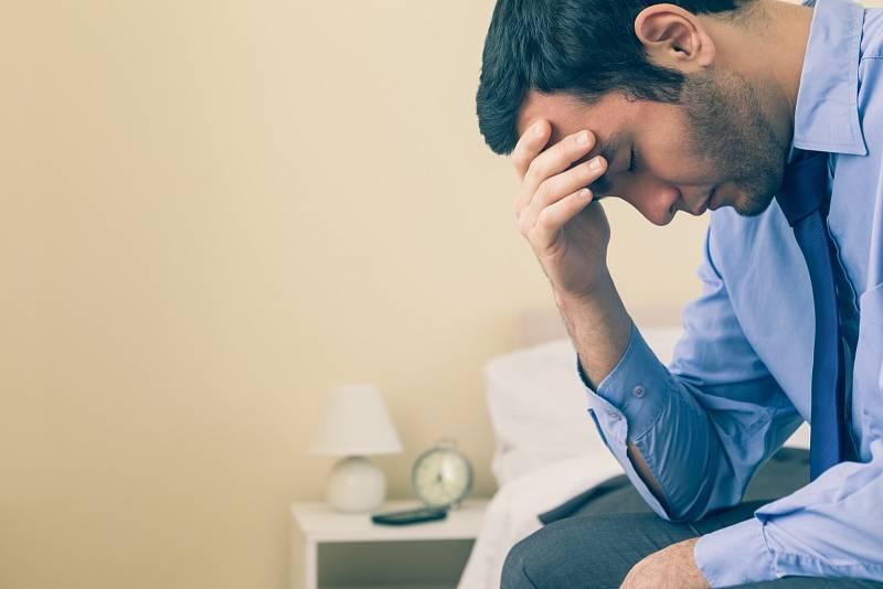 Sezónní afektivní porucha (SAD) je poruchou nálady, která na podzim a v zimě postihuje mnoho lidí a může vést až ke klinické depresi
