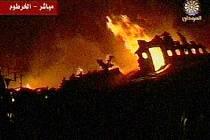 Hořící letadlo v Chartúmu identifikovala súdánská televize jako airbus, který vezl 217 lidí.