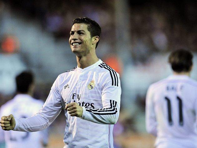 Cristiano Ronaldo slaví gól do sítě Eibaru