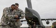 Česká republika pokračuje v podpoře boje s Islámským státem. Na pardubickém letišti byl připraven náklad munice, který do Iráku tamní armádě a kurdským milicím převeze americké letectvo.
