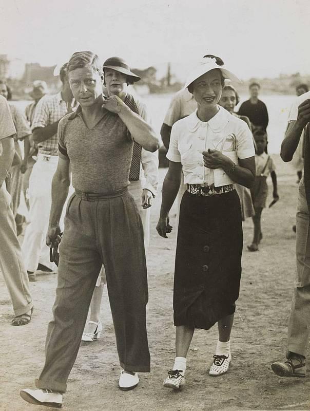 Král Eduard VIII. s Wallis Simpsonovou v roce 1936, v prosinci stejného roku se kvůli ní vzdal trůnu.
