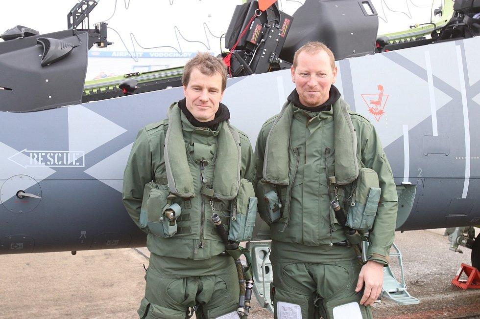 Piloti David Jahoda a Vladimír Továrek