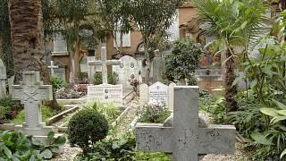 Lupii, kte chtli vykrst Heydrichv hrob, kopali na patnm