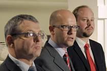 Prezidentská kampaň: ČSSD navrhuje limit 15 milionů korun