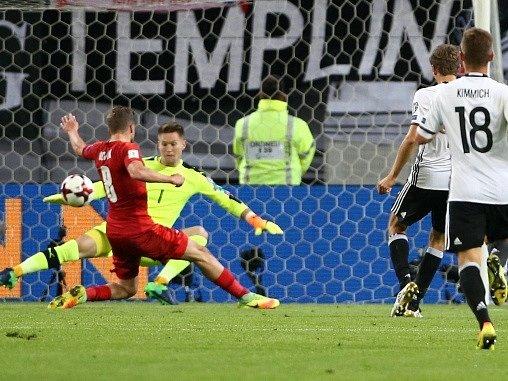 Tomáš Vaclík dostal tři góly, řadu dalších šancí ale zlikvidoval