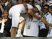 Eva Birnerová ve Wimbledonu.