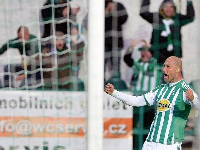 Bohemians - Liberec:  Ivan Lietava z Bohemians se raduje z prvního gólu.