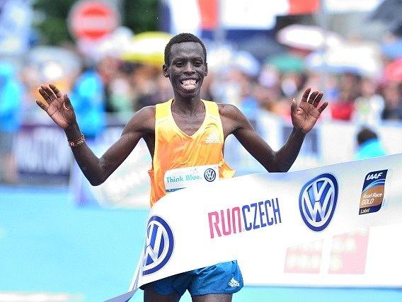 Pražský maraton: Vítěz Patrick Terer
