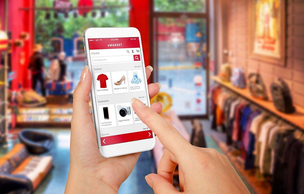 Před nákupem vinternetových obchodech si ověřte důvěryhodnost každého e-shopu.