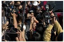Oslava narozenin Mexičanky Rubi Garciové novináři