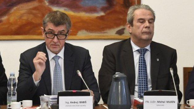 Premiér v demisi Andrej Babiš a šéf GIBS Michal Murín
