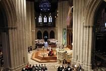 Ve washingtonské Národní katedrále proběhl vzpomínkový obřad k úmrtí astronauta Neila Armstronga