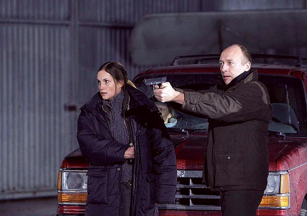 V krimiseriálu Expozitura (2009) si zahrála s Robertem Jaškówem. Ve stejné sestavě se sešli i ve volně navazujícím seriálu Atentát.