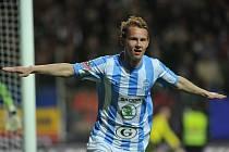 Jan Chramosta z Mladé Boleslavi se raduje z gólu.