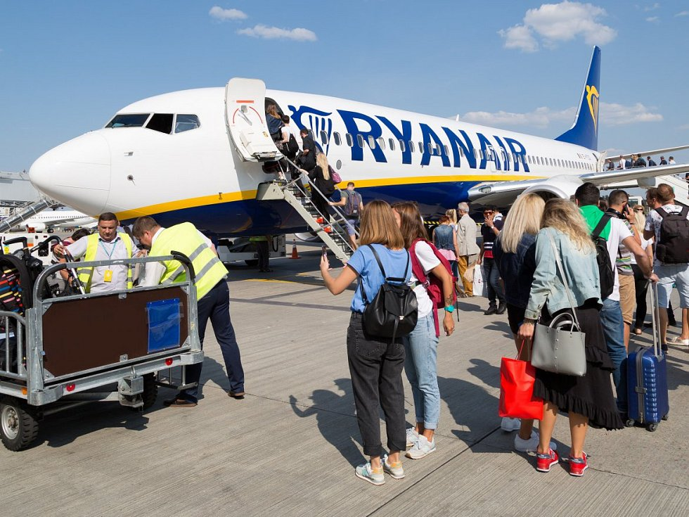 Letadlo společnosti Ryanair - Ilustrační foto