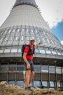 Eduard Kožušník, známý běžec a ambasador organizace Světlo pro svět, se rozhodl přeběhnout Evropu z Finska až do Španělska. Tímto dálkovým během chce strhnout ostatní pro to, aby přispěli na operaci šedého zákalu potřebným v Africe. Na snímku z 14. srpna
