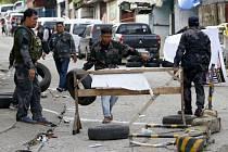 Filipínská armáda v bojích s militanty