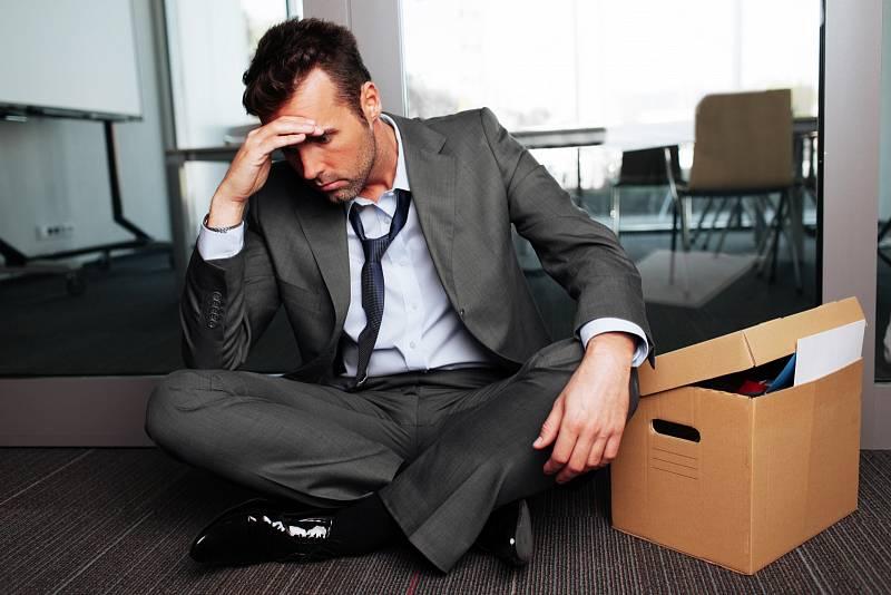 Nejvíce lidi při ztrátě zaměstnání pohltí stres a obavy zbudoucnosti.