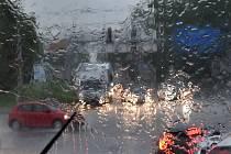 Bouřka a silný přívalový déšť. Ilustrační foto