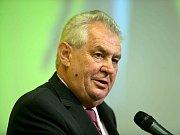 Archivní snímky z návštěvy prezidenta Václava Klause v Rožnově pod Radhoštěm z roku 2005