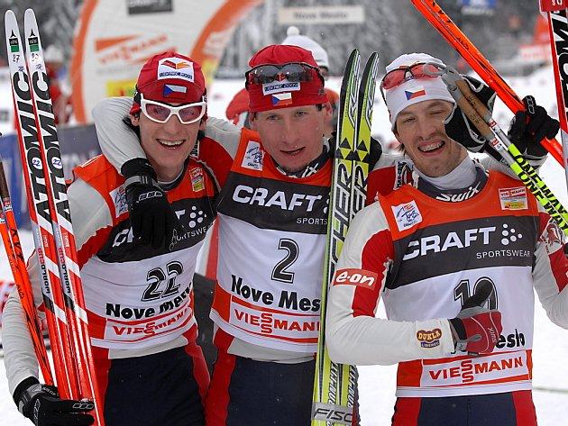 Úspěšné české trio v cíli. Zleva Martin Jakš, Lukáš Bauer a Martin Koukal.