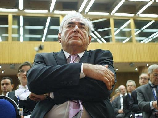 Výkonný ředitel Mezinárodního měnového fondu (MMF) Dominique Strauss-Kahn rezignoval na svou funkci.