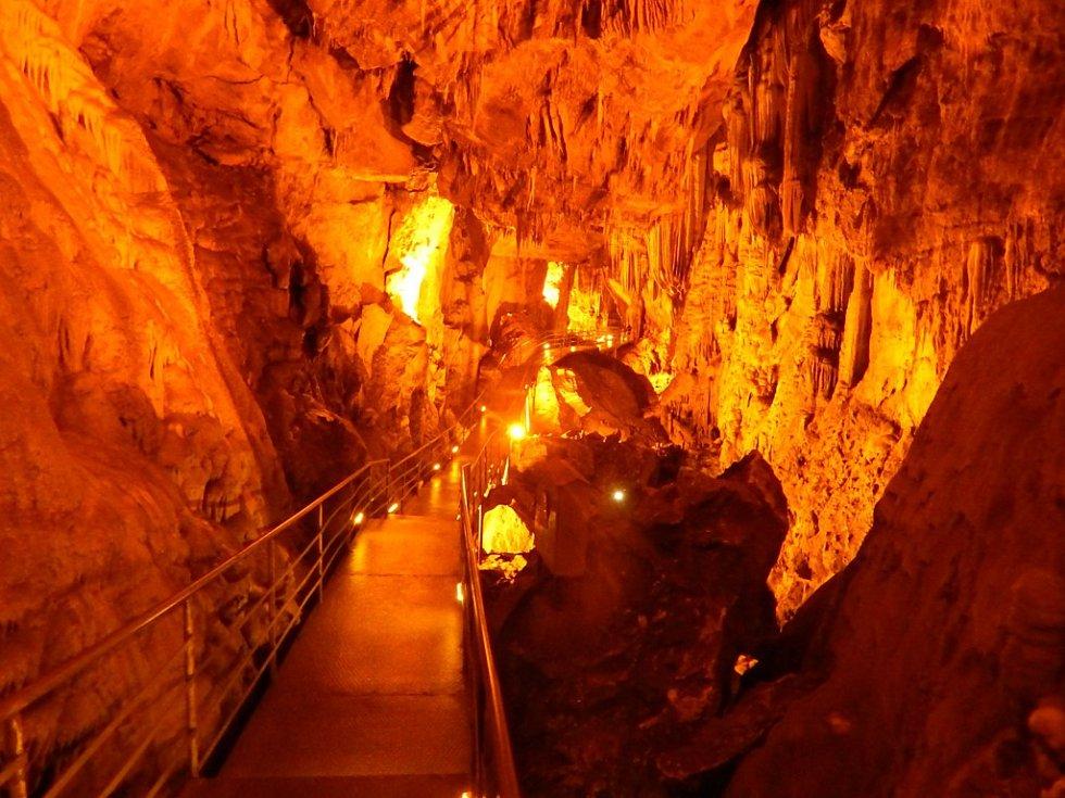 Alanya: jeskyně Dim Cave