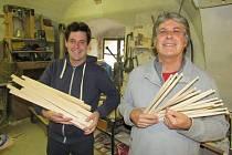 Otec a syn Pelíškovi - paličky Pellwood